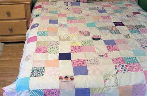 quilt pattern with baby clothes mommy s little sweetie baby clothes quilt favequilts com
