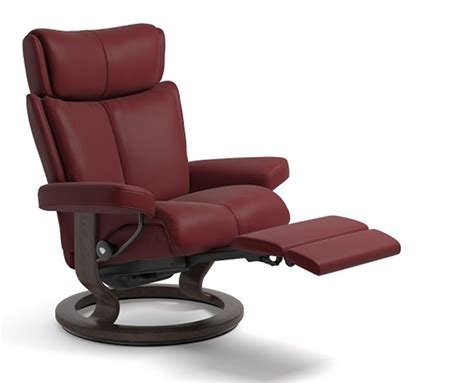 classic recliner chairs stressless magic power legcomfort classic wood base