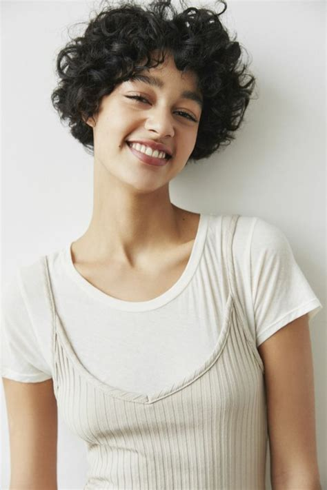 mujer pelo corto 1001 ideas de pelo corto rizado cortes y cuidado