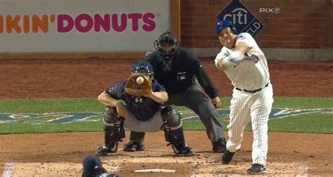 bartolo colon swing mets pitcher bartolo colon swings for the fences and loses