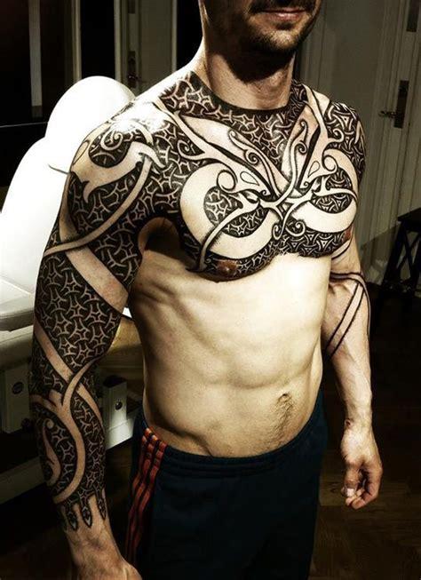 pattern tribal chest tattoo