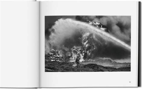 libro sebastio salgado kuwait a il nuovo libro di sebasti 227 o salgado sulla guerra del golfo sky arte sky