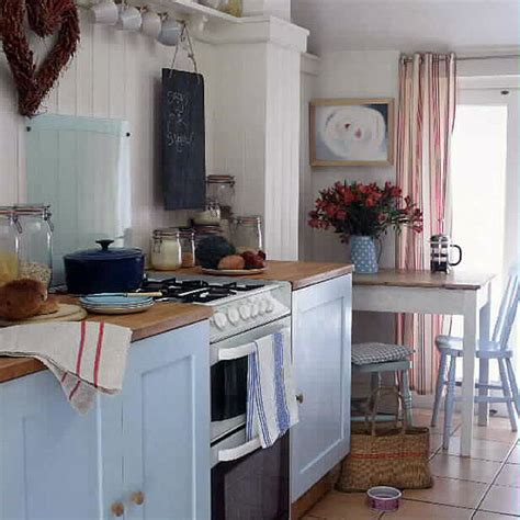 Country Kitchen Ideas Uk by Budget Country Kitchen Rustic Kitchens Design Ideas