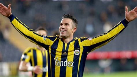 Ex man united star robin van persie held talks with middlesbrough