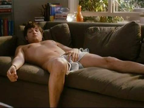 Ashton Kutcher Ellen Uncensored Hot Girls Wallpaper
