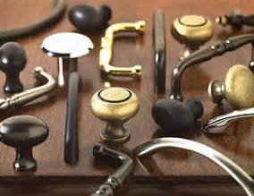 kitchen cabinet knobs or pulls cabinet hardware buying guide
