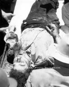 Bonnie and clyde vintage death photo clyde barrow after ambush 20761