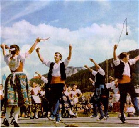 imagenes folclor literario folklore musical de lo particular a lo universal