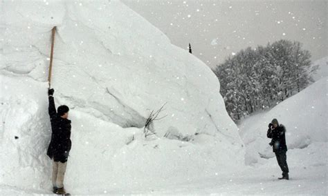 worst blizzard recorded japan s record snowfall still not the deepest world