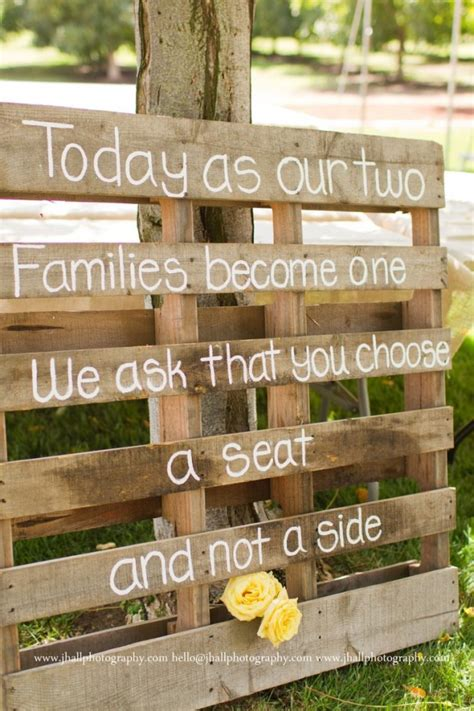 Pallet Wedding Decor 26 Pallet Signs Amp Ideas For Weddings Snappy Pixels