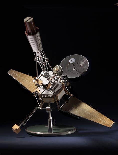three selves model ranger 1 satellite 1 24 scale model time and navigation