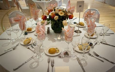 renting table linens 11 weirdest things to rent and why you should just buy
