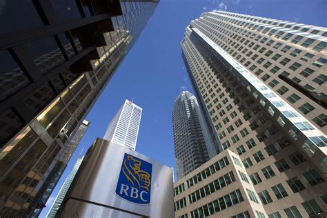 list of investment banks in toronto canada wall str toronto s financial sector welcomes expanded cpp toronto