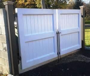 dumpster enclosure dumpster enclosures commercial fencing salem fence