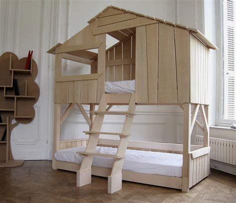 tree beds fun bed designed like a tree house lits cabanes home
