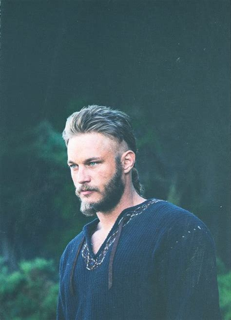what is going on with travis fimmels hair in vikings 25 best ideas about travis fimmel on pinterest ragnar