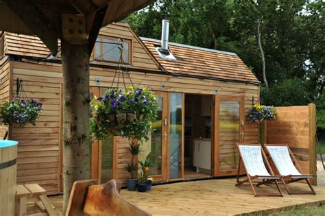 what is the right price for a wooden house