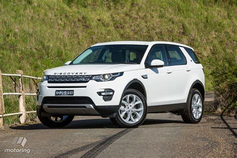 new land rover discovery sport land rover discovery sport 2017 review motoring au