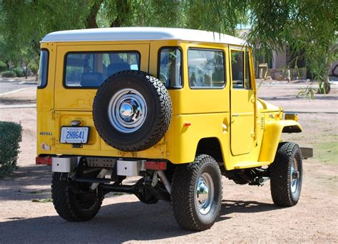 1970 toyota land restored 1970 toyota land cruiser fj40 bring a trailer