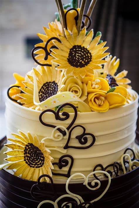 Chocolate Sunflower Wedding Cake London   Lick the Spoon