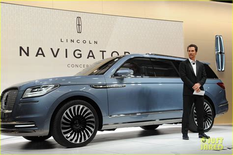 lincoln matthew mcconaughey matthew mcconaughey supports lincoln at nyc auto show