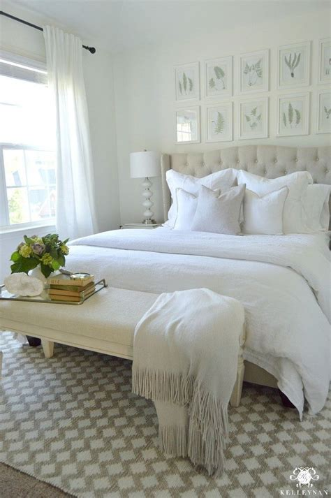 create  inviting guest retreat  white bedroom   houses  white bedroom