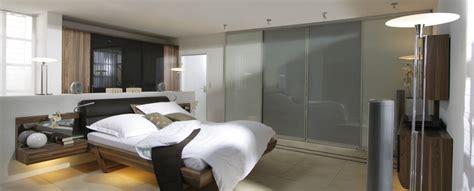 kopfende bett gestalten ihr schlafzimmer mit schiebet 252 ren und mit inova gestalten