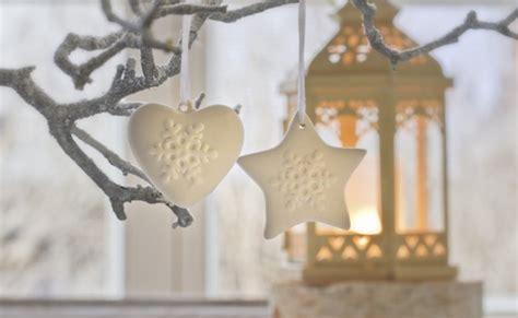 decorazioni natalizie da appendere alla porta decorazioni di natale con la pasta di sale 3 idee da