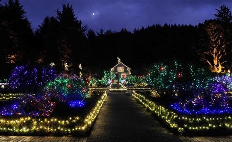 shore acres lights opens for 30th season