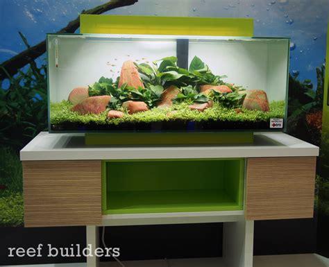 Aquascape Aquarium Plants Hagen Announces New Larger Fluval Edge Tanks With Led
