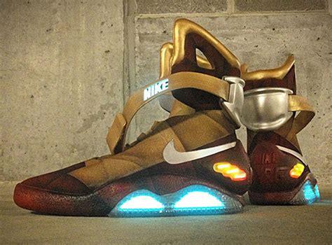 Sepatu Nike Mag nike mag i the awesomer