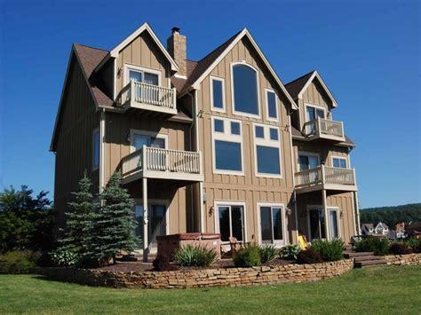 cathedral decken schlafzimmer ferienhaus direkt am see in waterfront greens mieten 812709