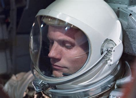 biography neil armstrong astronaut ryan gosling to play neil armstrong in new biopic the drive