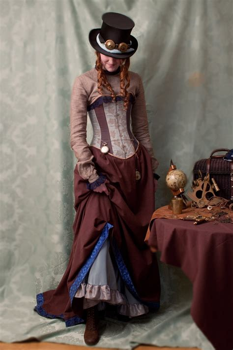 steam punk style crystaline steunk girls