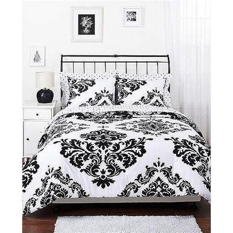 Damask Reversible Comforter by Best 25 Black Comforter Sets Ideas On Black