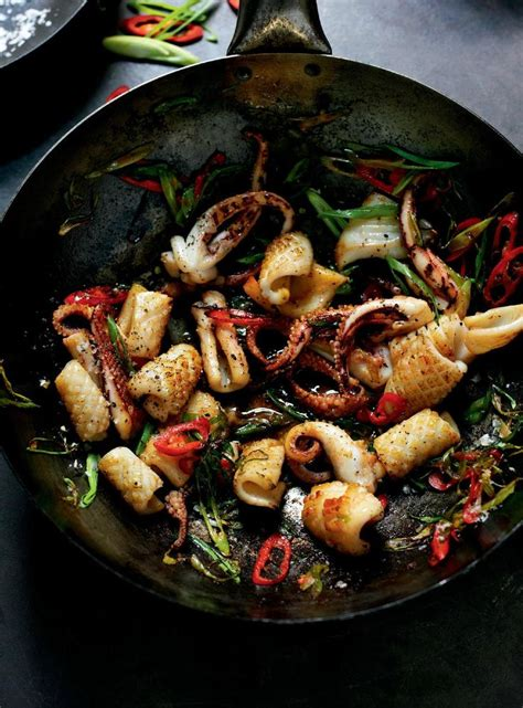 fried calamari salad calamari squid octopus pinterest best 25 octopus salad ideas on pinterest octopus eating