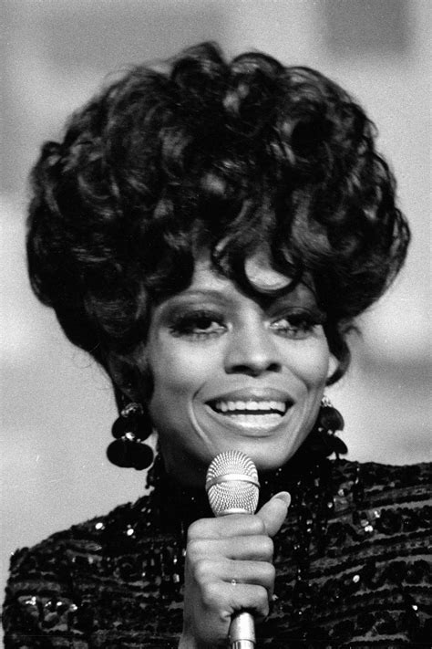 Diana Ross Hairstyles by Diana Ross Hair Through The Decades Essence