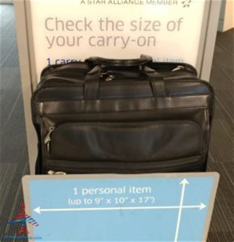 check in bag united what are the united and american airlines carry on bag size testers really like we compare