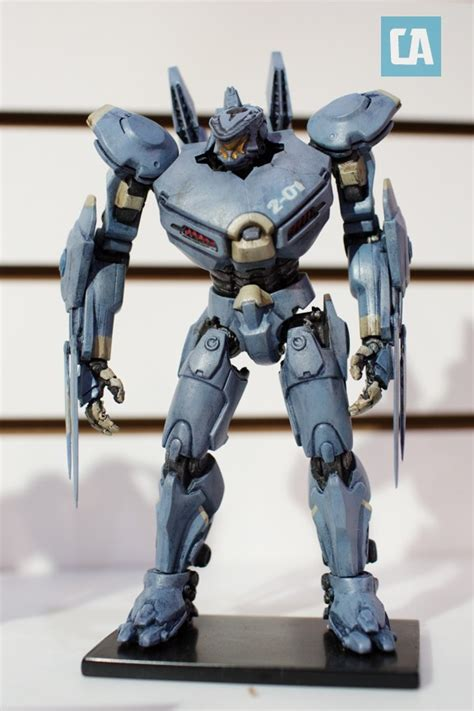 pacific toys neca shows us how awesome their jaeger toys are for