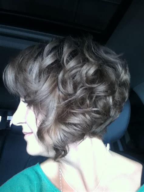 hairstyle angled towards face curly 17 best images about haircuts and hairdo s on pinterest