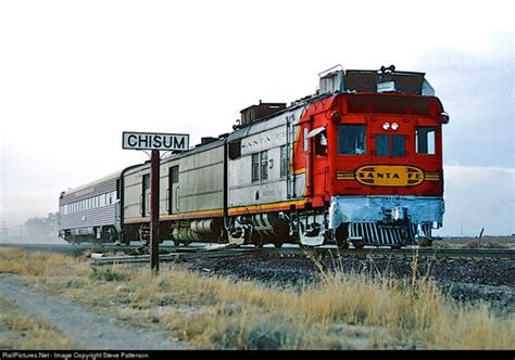 doodlebug junction santa fe s articulated doodlebug m190 and one coach were