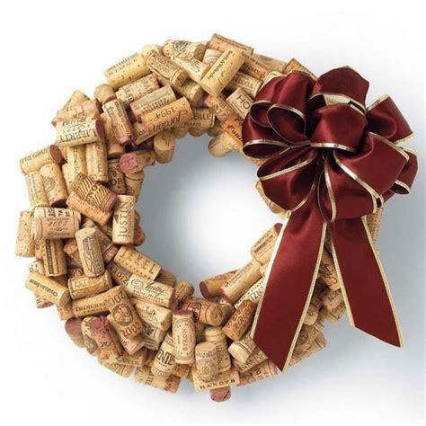 make a wine cork wreath 187 curbly diy design decor