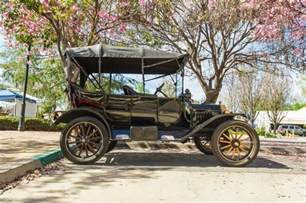cars bikes in the world money wise tips 10 of the oldest cars in the world