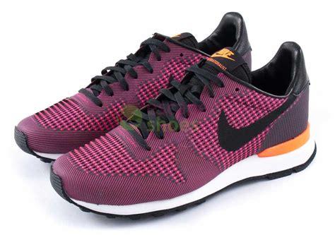 Harga Nike Darwin nike internationalist pink purple