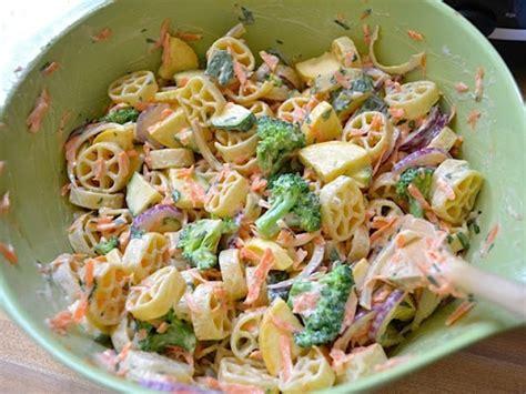 garden vegetable pasta salad garden vegetable pasta salad gt salads