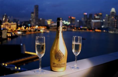 Top 5 Bar Drinks by Top Five Of The Most Expensive Alcoholic Drinks In The World