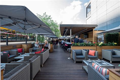 Yorkville Patios by Dragonflymeetingsit S Official Toronto Patio Season Is