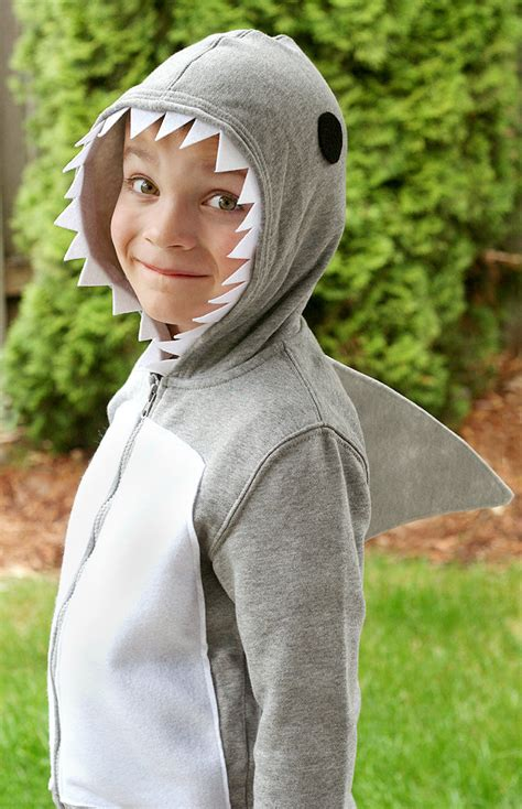 Handmade Costumes - diy shark costume easy recipes cocina