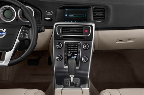 drive  volvo   awd  design automobile magazine