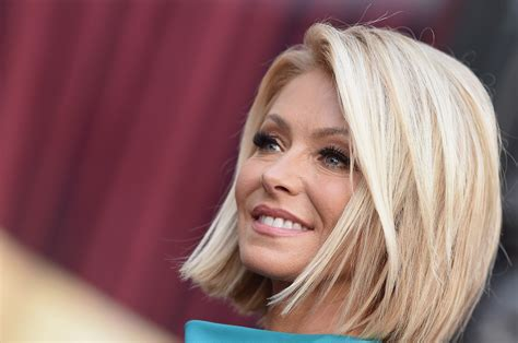 seriously i m no kelly ripa but i cut my hair similar kelly ripa skips live day after michael strahan says he